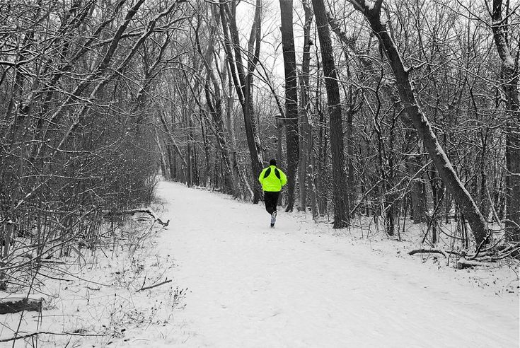 This looks awesome. Much better than running in slush on non-existent sidewalks, having to leap into snowpiles to avoid oncoming traffic. https://flic.kr/p/aWFewi | solitary running.