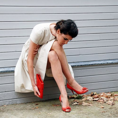 /: Fashion, Style Inspiration, Red Shoes, Dresses, White Dress, Dress Red