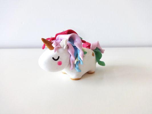Licorne en argile polymère by Fée Plaisir / Polymer clay Unicorn by Fée Plaisir