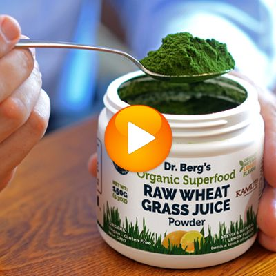Wheatgrass Juicing Versus Wheatgrass Juice Powder Let Dr. Berg show you the connection between wheatgrass juicing vs. juice powder.  Watch Now:  https://www.drberg.com/blog/nutrition/wheatgrass-juicing-versus-wheatgrass-juice-powder