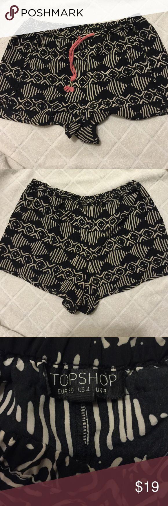 Topshop Aztec Print Shorts with Drawstring Topshop shorts, size 4. Topshop Shorts