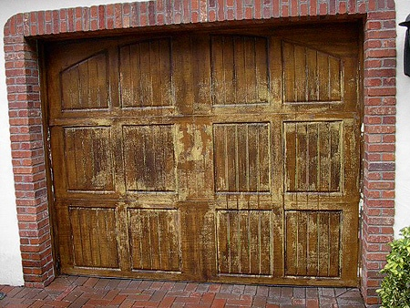 Faux Paint Garage Doors to look like Wood   Everything I ... on Garage Door Painting Ideas  id=47428