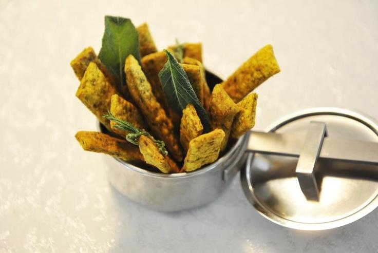 Una sua ricetta: gnocco fritto ortiche e curry
