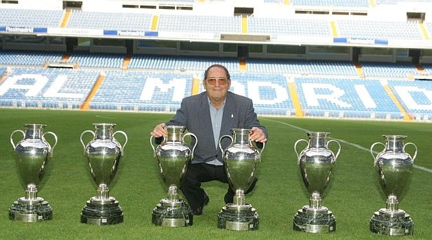 VIDEO: Gento turned 81 today, Tuesday. Along with Di Stéfano, Rial, Kopa and Puskas, he made a decisive contribution to the performance of the best front line in Real Madrid's history, which won five consecutive European Cups between 1956 and 1960. Six years later, in 1966, he captained the Real Madrid side which won another European Cup, making him the only player in the world who has won the big one on six occasions...