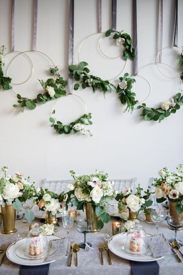 Cocktail Party Love. Photo: Amanda Megan Miller Photography Planner: A Perfect Event #cocktailparty #debilillystyle #chicago