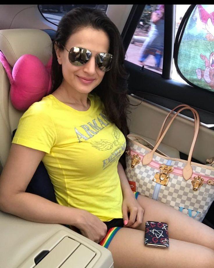 Hot And Sexy Bollywood Acter Amisha Patel: Amisha Patel 6