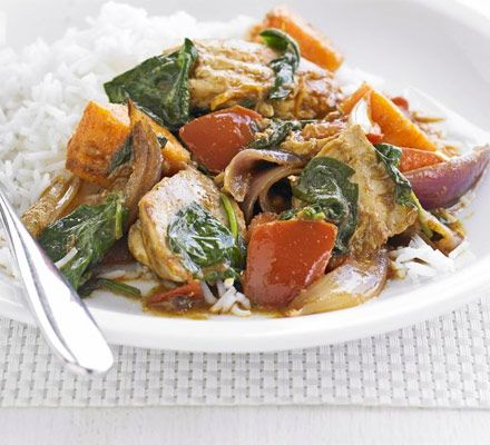 Sweet potato and chicken curry. 250g sweet potato, 2 chicken thighs, 1/2 onion, 1 tbsp rogan josh curry paste, 1 can chopped tomatoes, 50g spinach