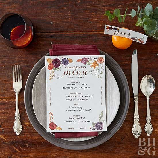 Celebrate Thanksgiving dinner in style with gorgeous printables.