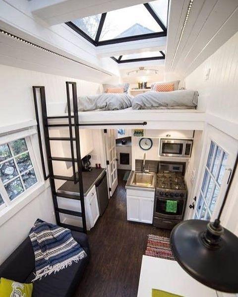 """8,240 curtidas, 93 comentários - Tiny Homes (@tiny.homes) no Instagram: """"Cozy interior """""""