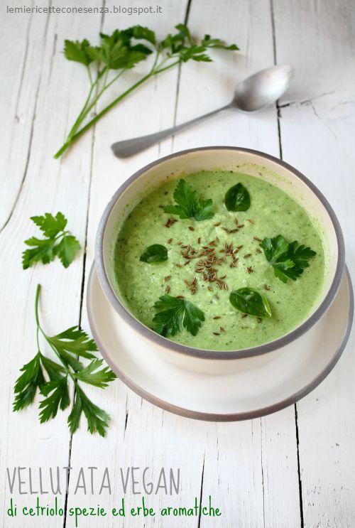 Vellutata vegan di cetriolo,zuppa di cetrioli,minestra di cetrioli, ricetta vegana,ricette vegan