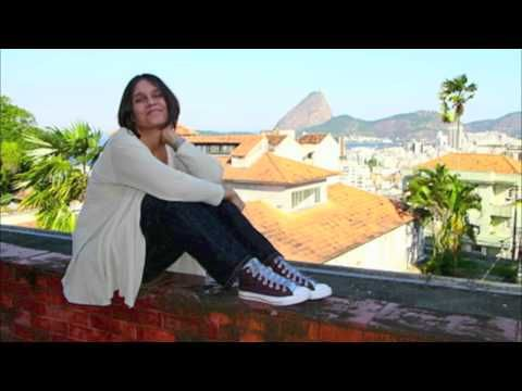 Baracumbara - Joyce Moreno - YouTube
