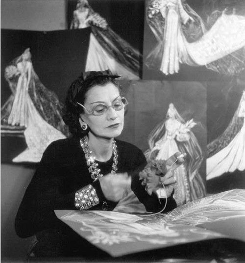8 Rare Facts About Coco Chanel S Personality Coco Chanel Bilder Chanel Bilder Coco Chanel Spruche