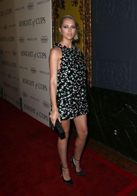 Teresa Palmer Is Super Pretty