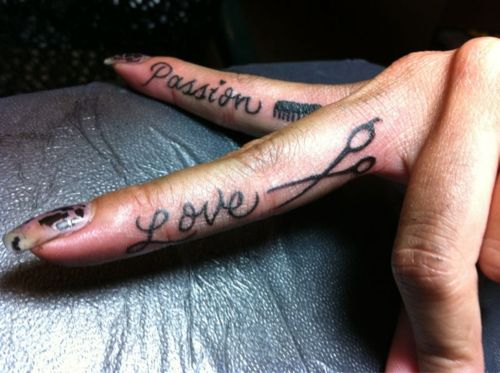 scissor tattoo lovelovelove!!