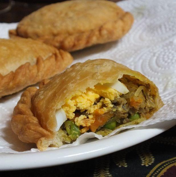 Indische pasteitjes met rundvlees