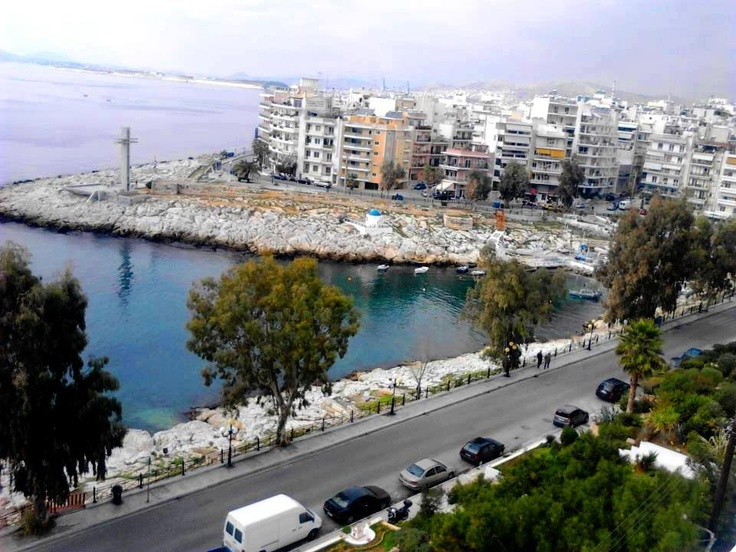 Peiraiki Bay, Piraeus