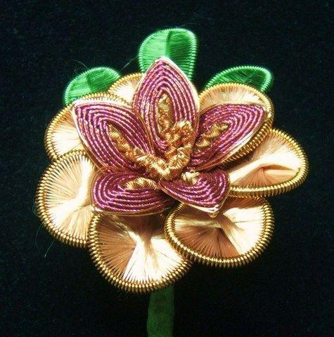 ganutell  | Copper coloured ganutell flower