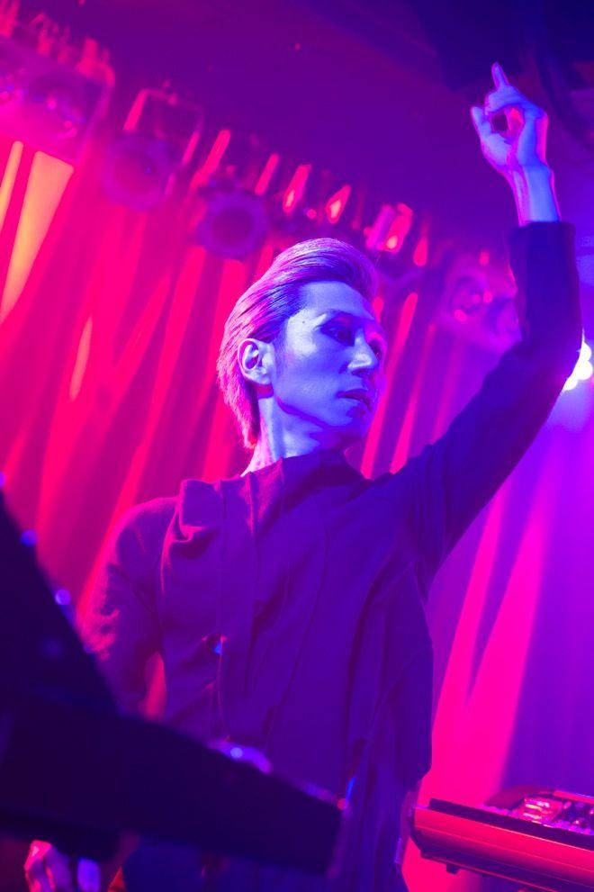 【インタビュー】minus(-)、1stミニアルバム『D』完成「絶望しかなかった」 | minus(-) | BARKS音楽ニュース