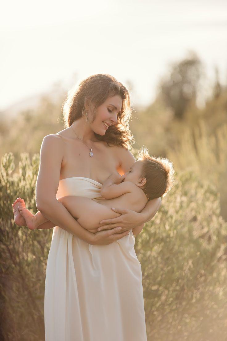 Beautiful breastfeeding photography | London and California