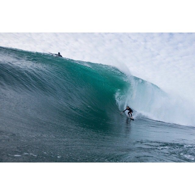 Beau scoring some golden nuggets south of Sydney!  #topheads #surfing #yew #barrel #slab #picoftheday #australia #hellyeah