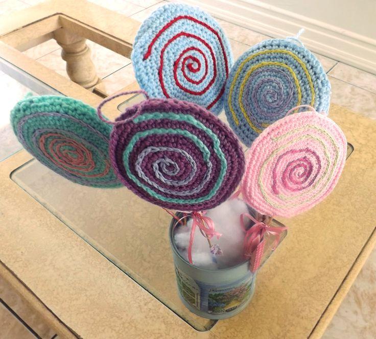 Lollipop crochet. Paletas para decorar.  Además se pueden colgar en el àrbol navideño.