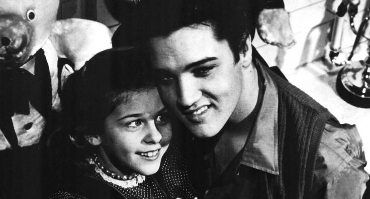 1958-01-08 05 Mary Kosloski  January 8, 1958  GRACELAND │ MEMPHIS, TENNESSEE  On Elvis' 23rd birthday, Mary was invited to visit Elvis at Graceland.
