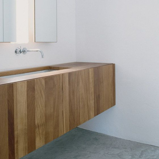 Wood and plaster. The Na Xemena House by Ramon Esteve.