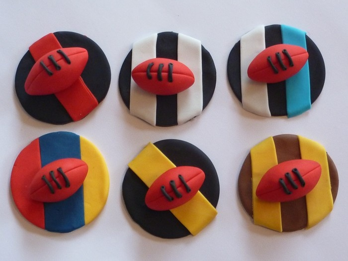 Edible Footy Cupcake Toppers - by SweetPartyTreats on madeit