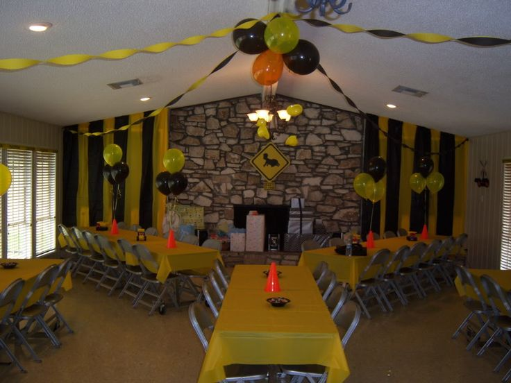 Construction Themed Baby Shower Ideas | http://i268.photobucket.com/albums/jj21/rickydavis2123/showerhall.jpg