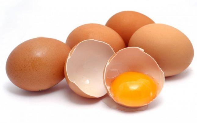 """Câte ouă putem consuma zilnic ca să fim în siguranţă. """"Declanşatorul de energie"""" şi efectele alimentelor complementare"""