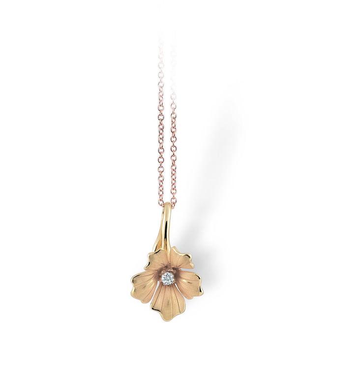 Lilla Collection  Flower Gold pendant with diamonds inspired nature // colgante flor de oro con diamantes inspirado en la naturaleza www.art-jeweller.com