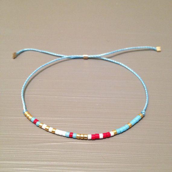 leichte blaue Freundschaft Armband Wunsch Armband von ToccoDiLustro