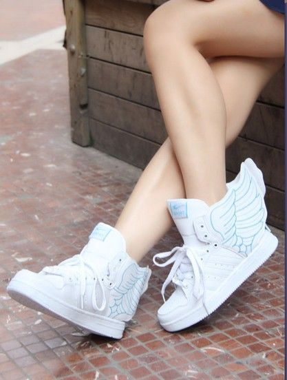 Angel Wing Tennis Shoes
