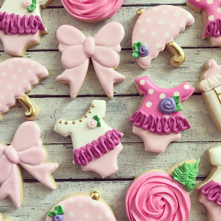 """158 Likes, 6 Comments - sara bogart (@sugarandspoonbakingco) on Instagram: """"baby shower cookies will always be some of my favs . . . . . . #baby #babyshower…"""""""