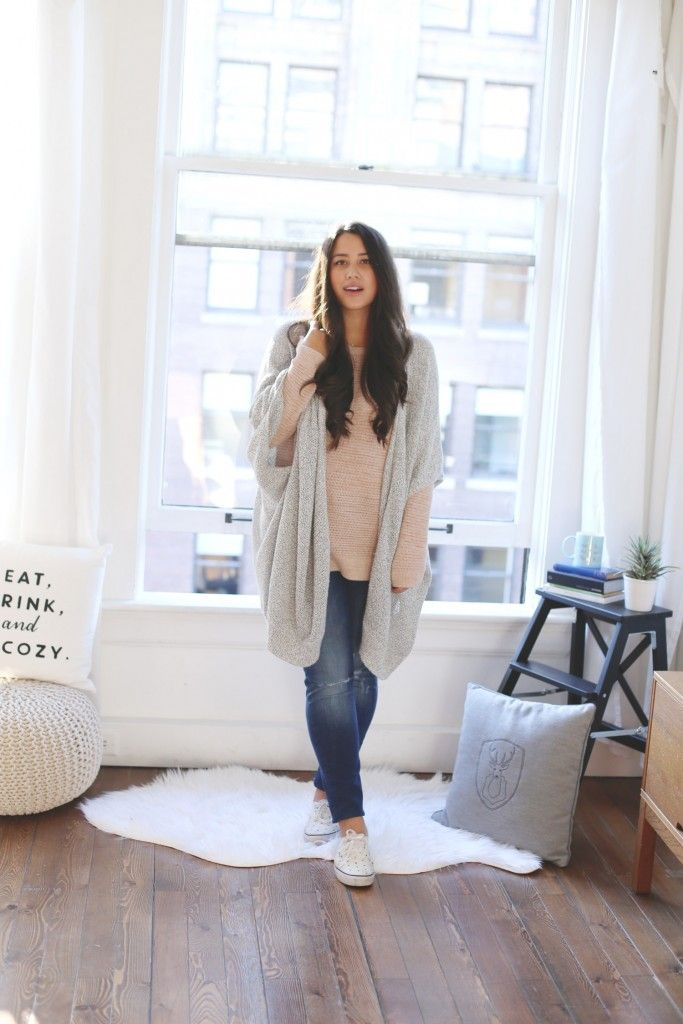 how to stay cozy chic in winter, best vancouver fashion blog, alicia fashionista, casual everyday curvy style