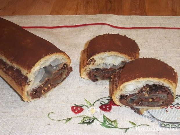 Rotolo di Pasta Sfoglia alla Nutella