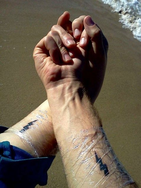 Resultado de imagen de rayo tattoo amy winehouse