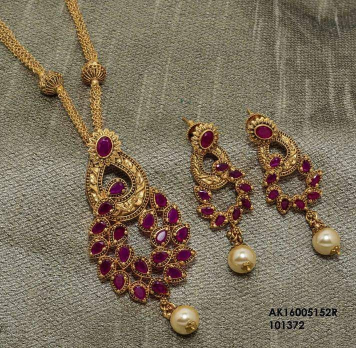 "112 Likes, 1 Comments - Shree Shakthi (@shreeshakthiboutique) on Instagram: ""High quality imitation jewellery Pendant and earrings set"""