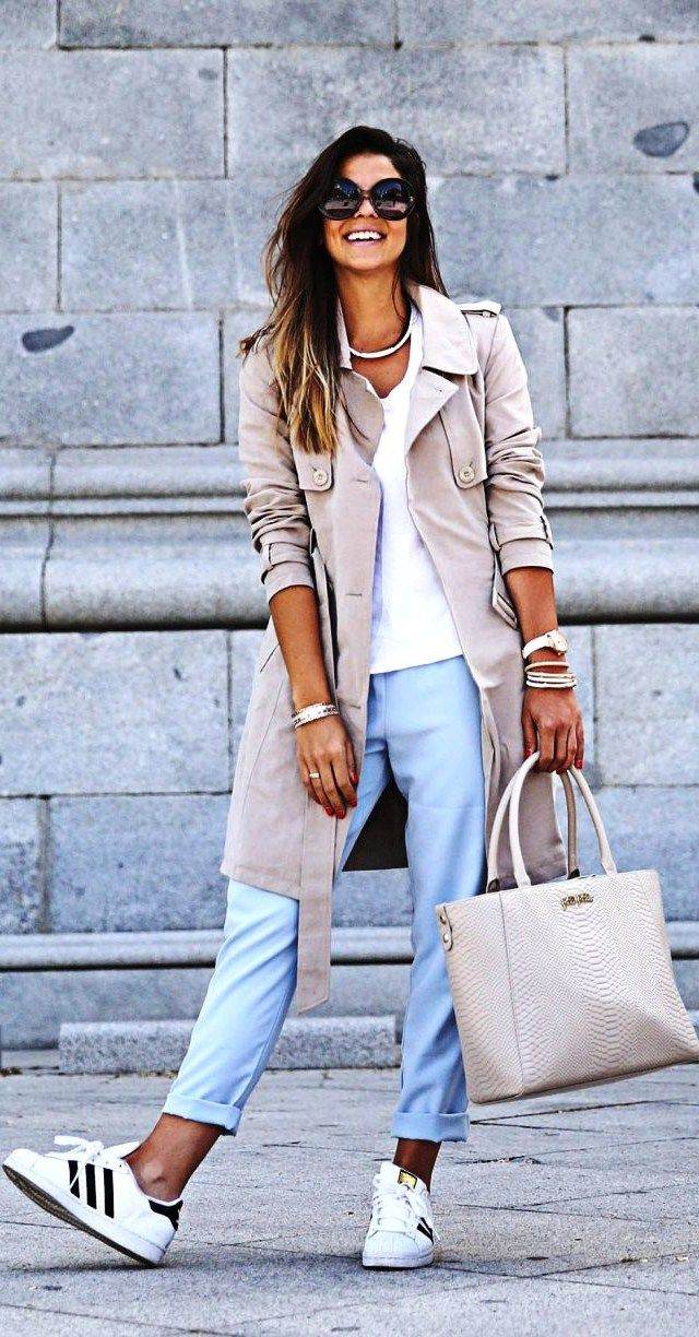 Casual spring outfit.