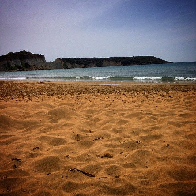 Gerakas #beach #Zakynthos Photo credits: @couvanos