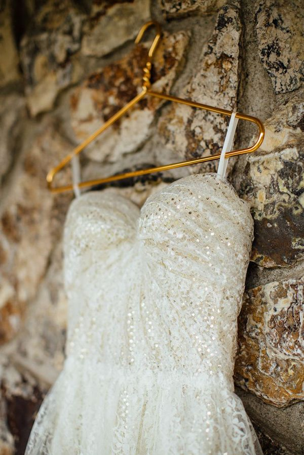 20 gold wedding dresses inspired by Jessica Simpson - Wedding Party: