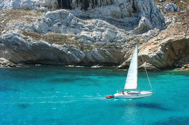 Costa Azzurra in barca a vela dal 11 al 18 agosto   450-600€