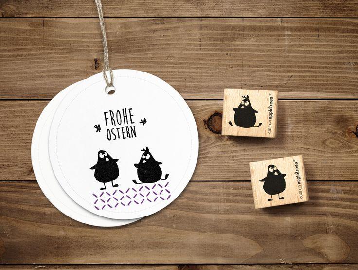 Diese zwei Kücken freuen sich schon wahnsinnig aus #Ostern! Alle unsere #Stempel gibt es auf DaWanda.com