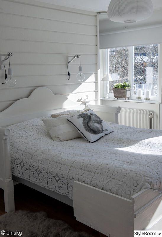 överkast,kökssoffa,sänglampa,virkat,sänglampor