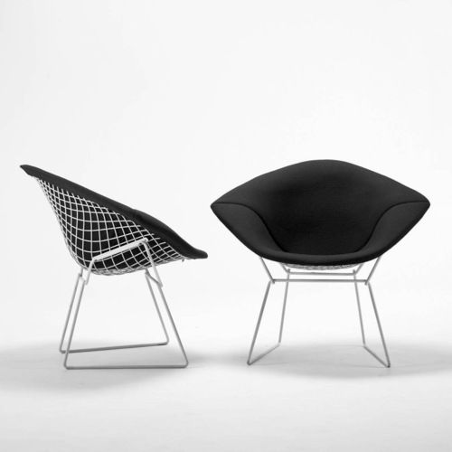 Diamond chair in black | chair . Stuhl .  chaise | Design: Harry Bertoia | Knoll |