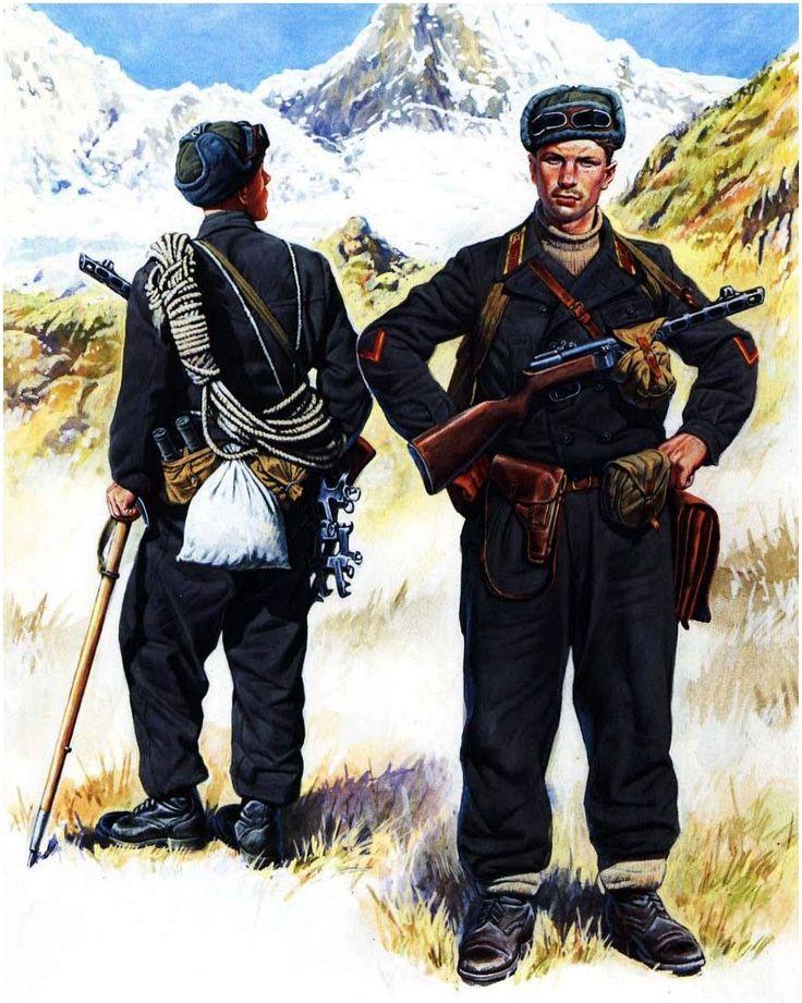 ARMATA ROSSA - Truppe da Montagna del 1st distaccamento speciale da montagna. Soldato e Tenente. Uniformi speciali dlell'Armata Rossa. Caucaso passo montano di Kluchor, ottobre 1942