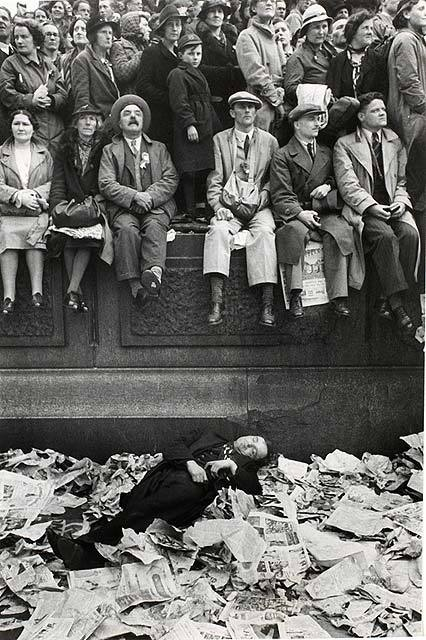 The coronation of King George VI - Henri Cartier-Bresson