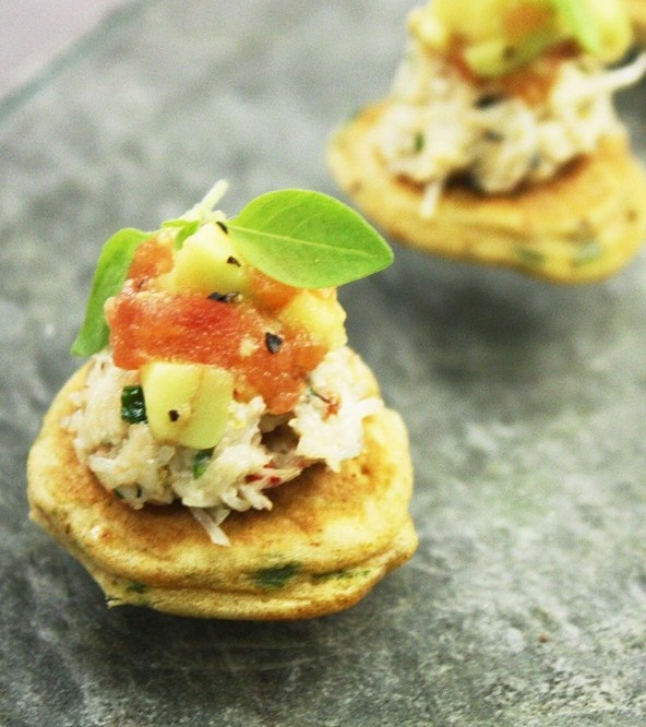 17 best images about canapes on pinterest scallops tuna for Canape reception