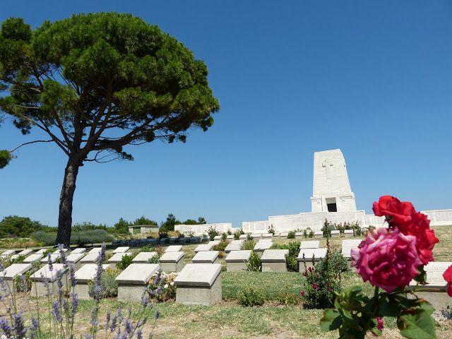 Gallipoli tour from istanbul is available everyday:  http://www.allistanbultours.com/turkey/gallipoli-and-troy-tours/