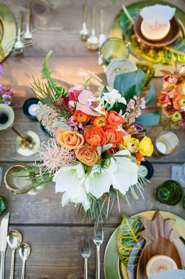 Tropical wedding tablescape   Joielala Photography   see more on: http://burnettsboards.com/2014/05/colorful-tropical-wedding-ideas/ #tropical #wedding